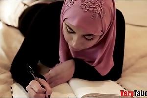 Daughter in hijab fucks daddy like a making love machine!.