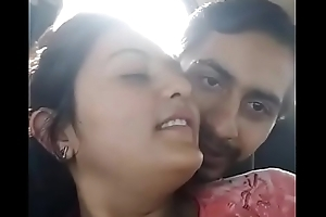 Girl fuck in car