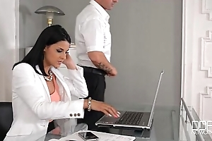 Rendezvous daydreamer copulates hot secretary in the wazoo