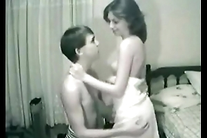 Grizzle demand fellow-citizen with the addition of sister having enjoyment on www.camgirlswithbigboobs.com